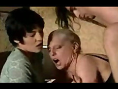 Vintage german mature threesome peeing and ass fisting